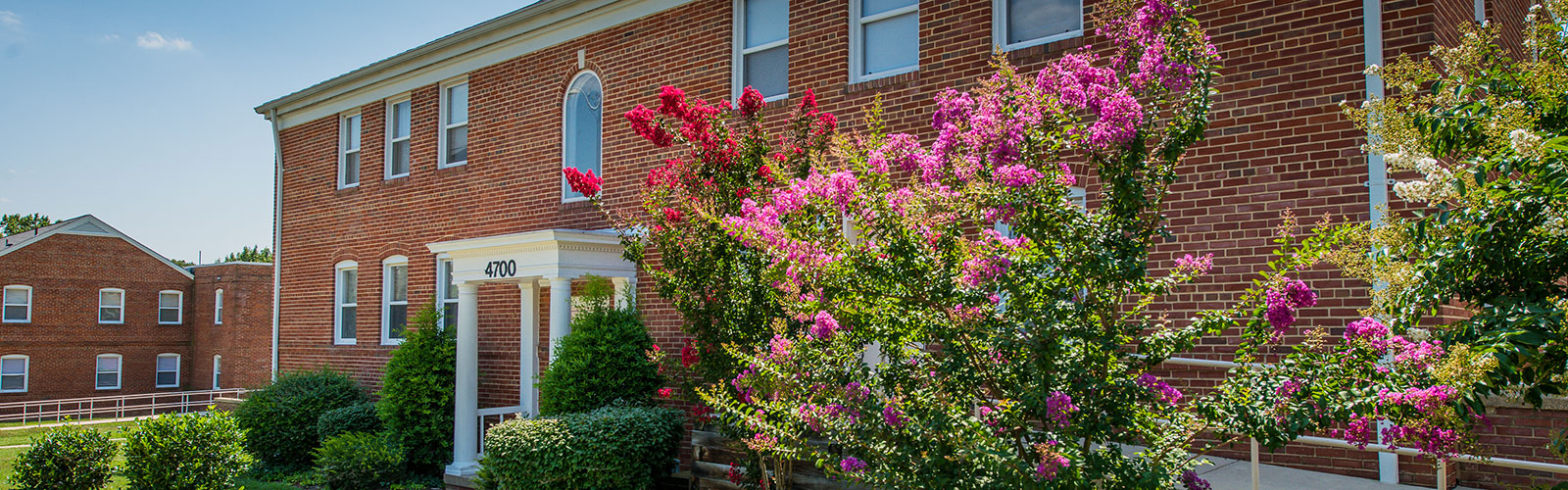 Queens Manor Gardens – Apartments in Hyattsville, MD